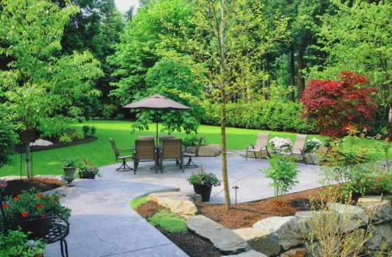 Comment aménager un grand jardin ?